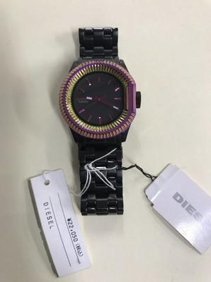 ディーゼル ウォッチ 定価税込 22050円! 時計