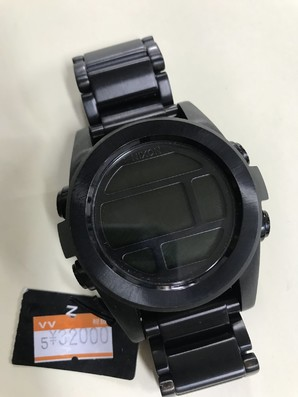 NIXON 腕時計 定価32000円!! ニクソン