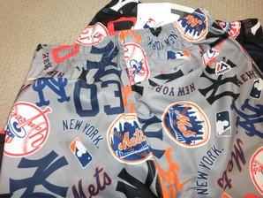 Majestic NY ニューヨークヤンキース キッズ 水着 総柄パンツ 16枚入り 0033
