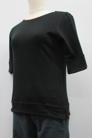 重ね着しているように見える!フェイクレイヤードTシャツ