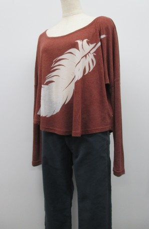 お買い得!透かしプリントの長袖Tシャツ!2型込セット!