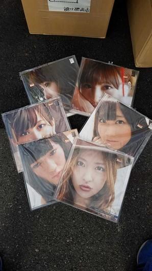 15円!ラストヴィレヴァン!!AKB48カレンダー2012年版 12枚セット 上代1枚1800円