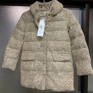 A la mode marche(アラモードマルシェ)レディースダウンジャケット、定価14800円 サイズM 1点のみ!