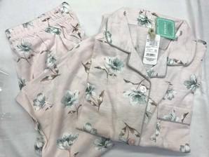 婦人パジャマ上下セット!! 3カラー M~L 1セット 48枚入り!!