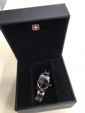 スイスミリタリー HANOWA レディース 腕時計 定価15000円